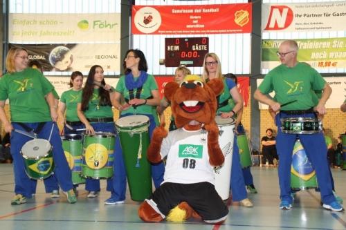 Samba Beija Flor SBF Handball 2018 mit Maskottchen
